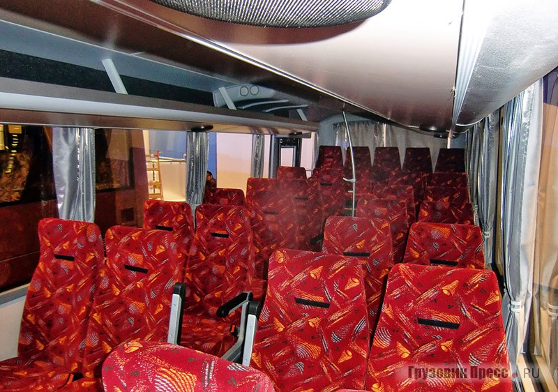 Салон международного автобуса ПАЗ