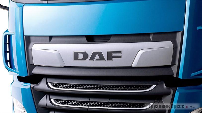 Обновлённый логотип DAF с хромированными буквами