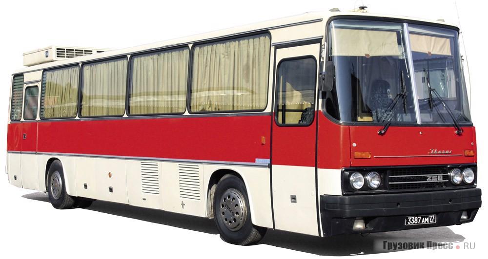 Эксклюзивный автобус-салон для высшего руководства Министерства обороны СССР – Ikarus 250.84 1980 г. в.