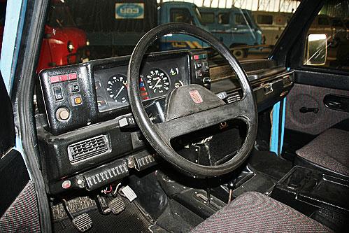 Гражданская версия УАЗ-3170 (1990 г.), унифицированная по кузову и некоторым узлам с УАЗ-3172, называлась «Симбир». Единственный сохранившийся экземпляр этой машины – на родном автозаводе.