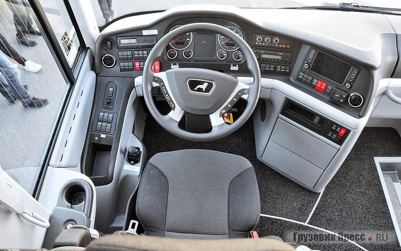 Кресло Grammer PRO, рулевое управление ZF тип Servocom 8098
