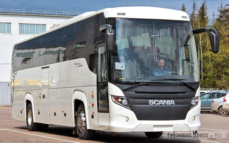 Зеркальные стойки не выступают за габарит ширины автобуса и оснащены дополнительными сферическими зеркальными элементами в середине кронштейна для лучшего контроля слепых зон и бордюров
