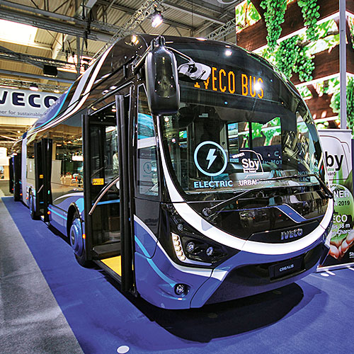 IVECO Crealis 18m in-Motion Charging