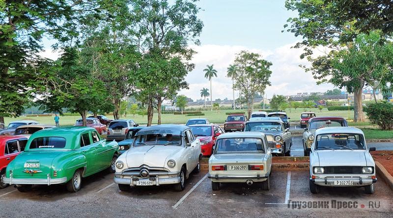 Куба – уникальное место, где «Москвичи» и «Волги» соседствуют с американскими раритетами