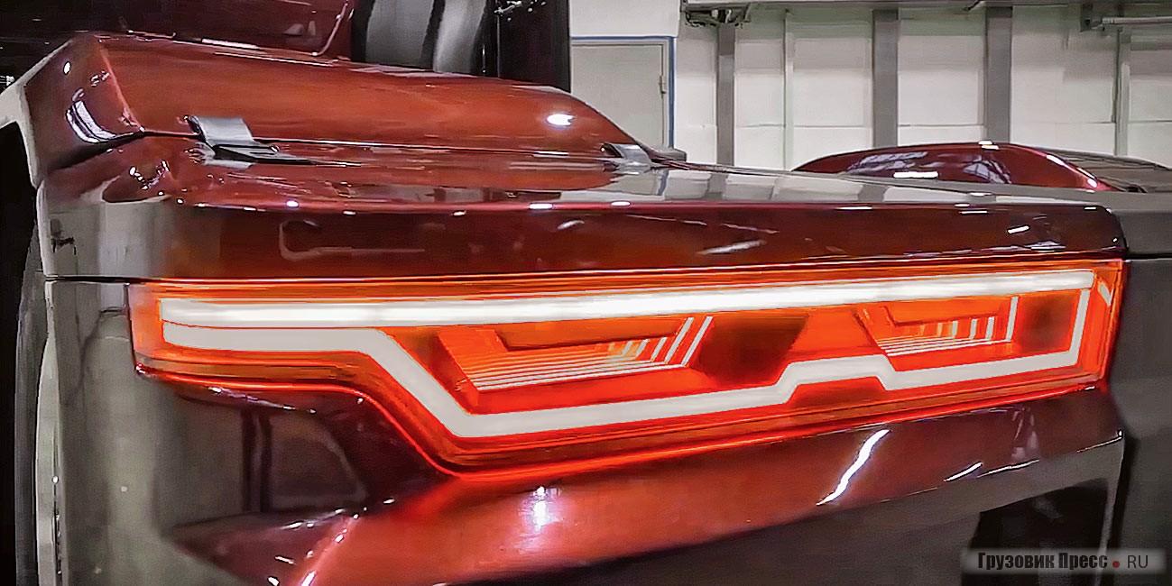 Элегантное оформление задних огней придаёт автомобилю безукоризненный лоск