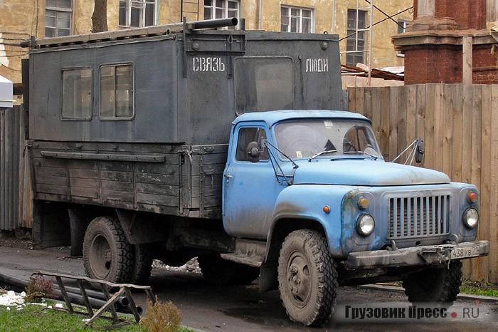 Грузопассажирские фургоны СКФ-1 Щёкинского ДОКа до сих пор нередко встречаются в Тульской области
