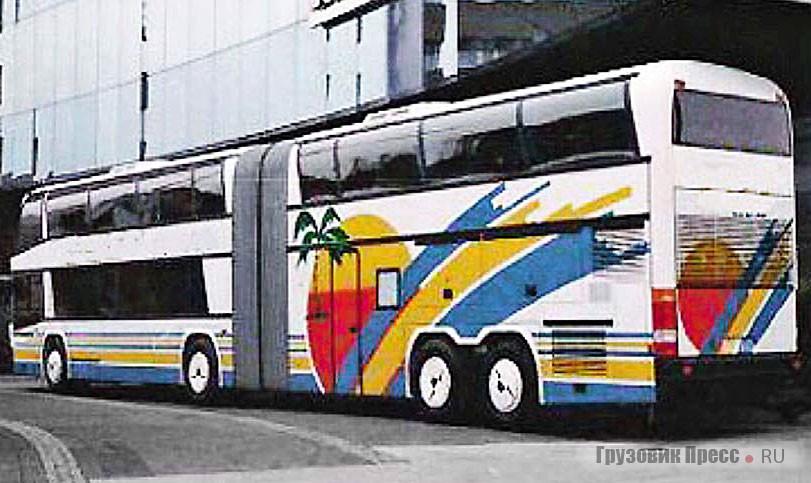 1992 год: Jumbo «позирует» у здания завода Neoplan