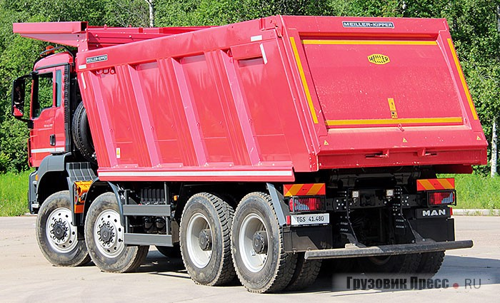 Самосвал MAN TGS 41.480 8x8 BB-WW (тест-драйв)